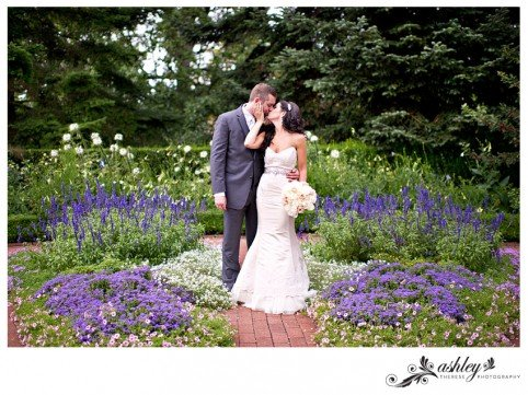 NY-Botanical-Gardens-Wedding---Ashley-Therese-Photography-0031