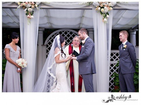 NY-Botanical-Gardens-Wedding---Ashley-Therese-Photography-0047